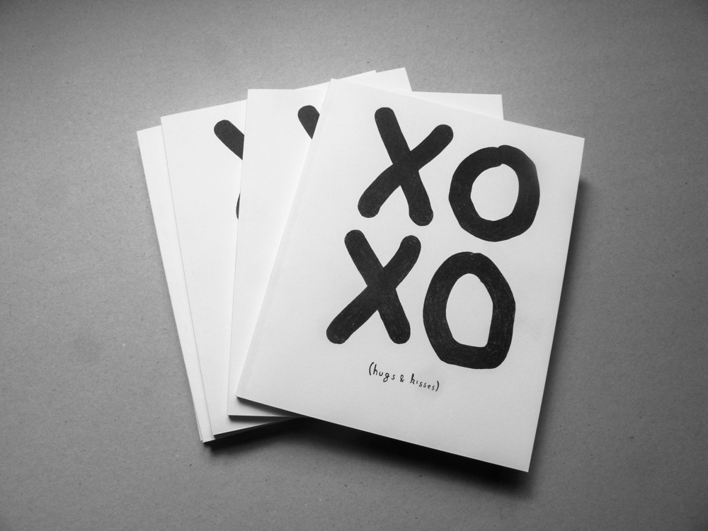 xo in text message