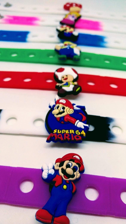 10 Braccialetti personalizzati Super Mario Bros in 3D gomma silicone pvc morbido gadgets fine festa a tema compleanno bambini