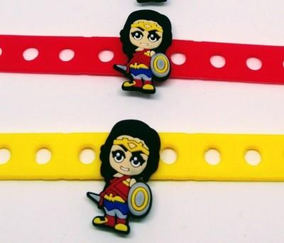 10 Braccialetti personalizzati Wonder Woman in 3D gomma silicone pvc morbido gadgets fine festa a tema compleanno bambini