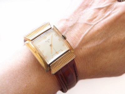 Elgin Fancy Watch Textured Hooded Lugs 10k Rolled Gold