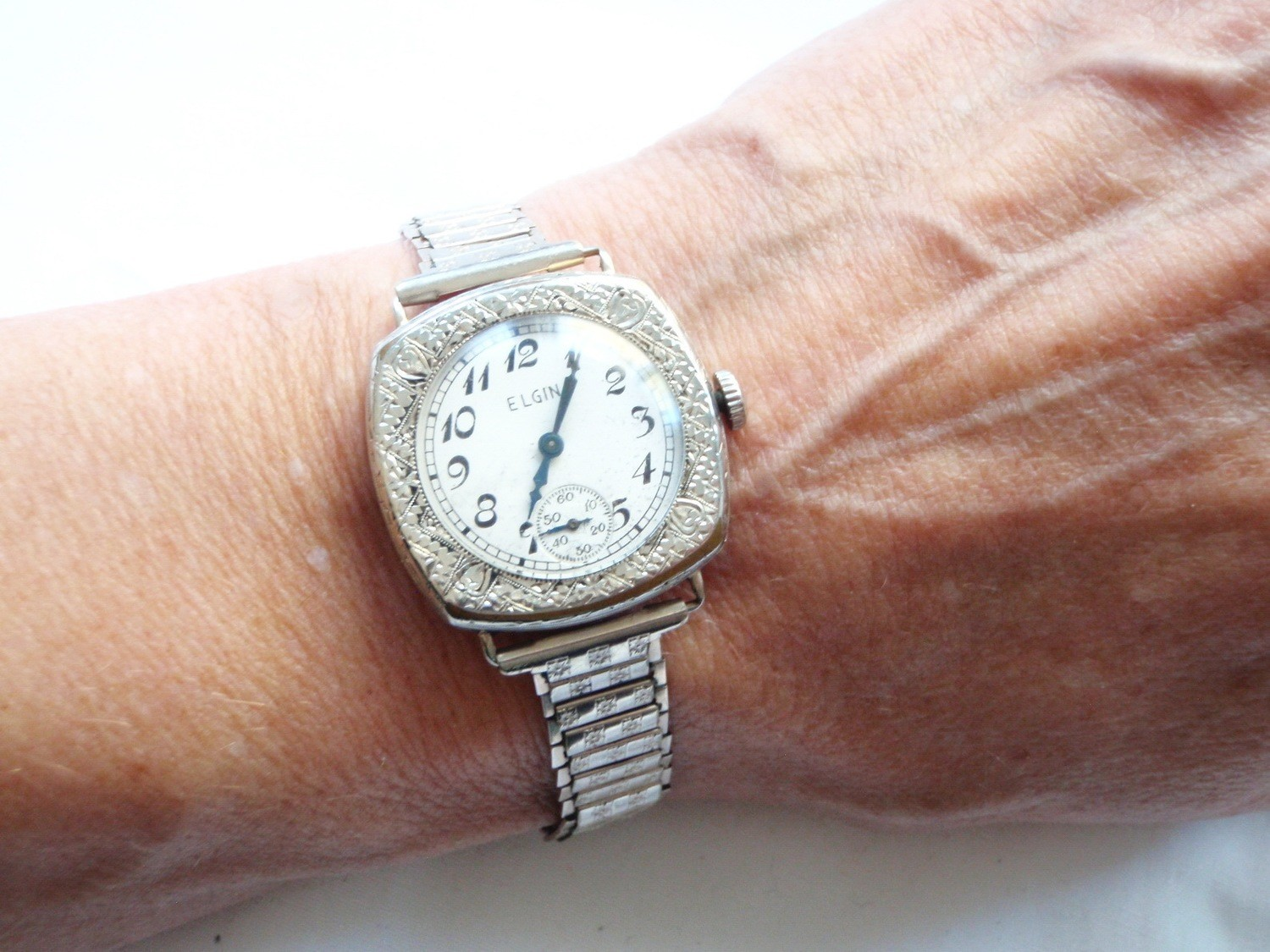 1920s Art Deco Elgin Ladies Watch, Foral Etched Case