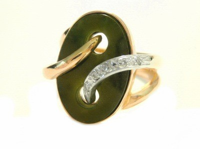 1920's Large Jade and Diamond Art Deco 14kt Yellow Gold Ring
