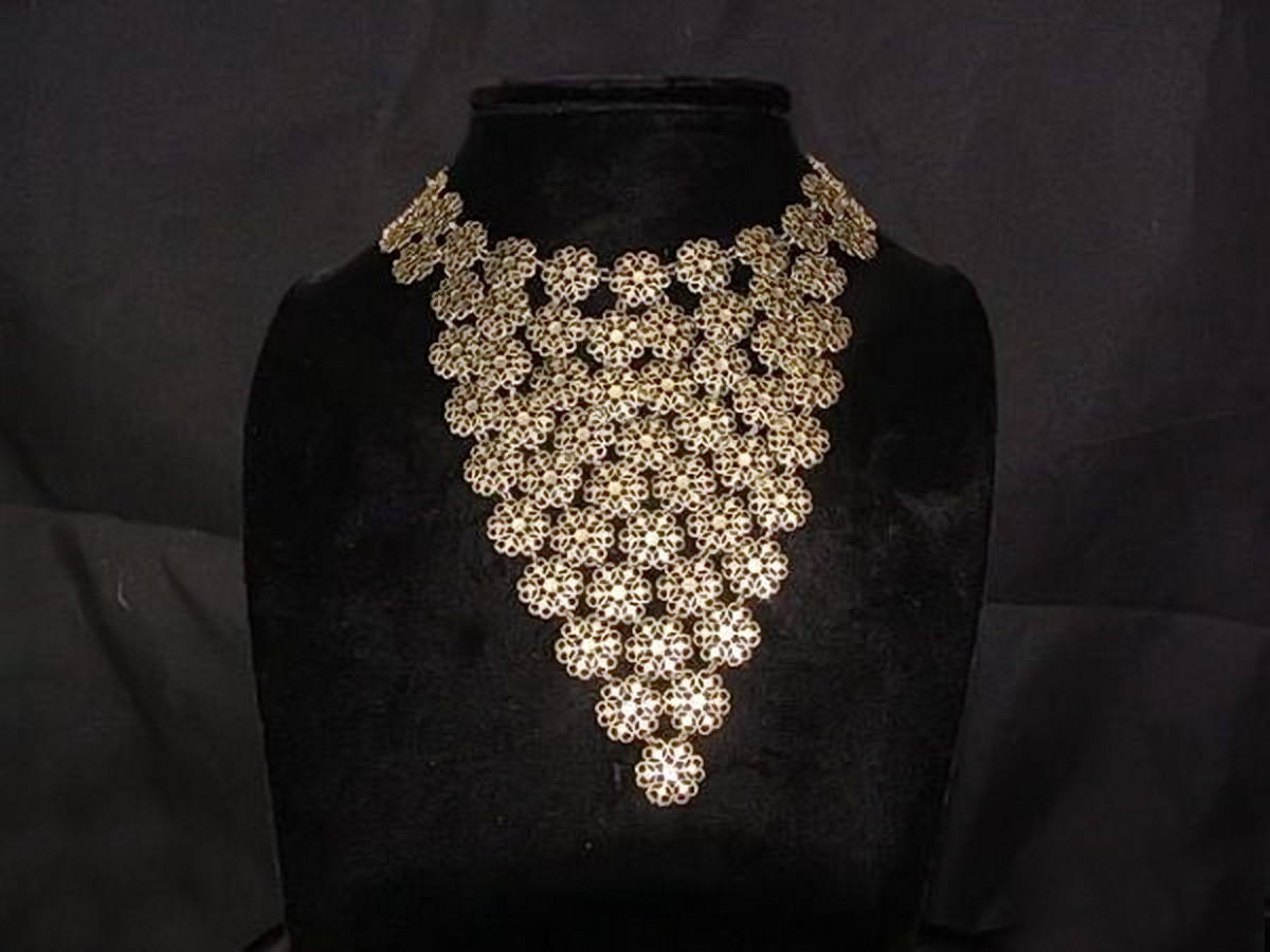 Vendome Bib Collar Mid Century Cleopatra Flower Links Necklace