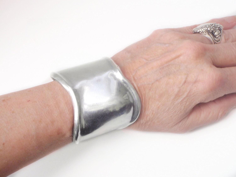 Vintage Los Ballesteros Taxco Silver Wide Cuff Contoured Bracelet
