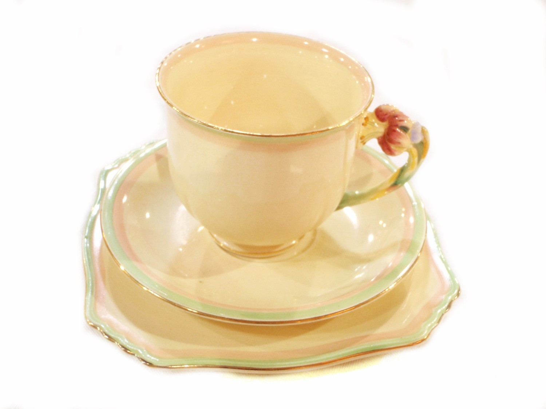 3 pc Royal Winton Tiger Lily Cups Saucers Dessert Sandwich Plates