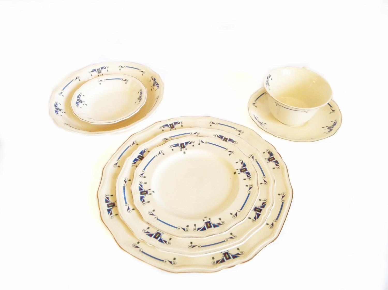 Art Deco Alfred Meakin Orient Marigold Astoria 7 pc Dinnerware Place Settings