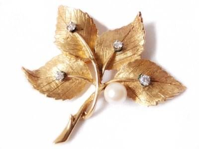 Florentine 14k Yellow Gold Leaf Brooch / Pin Diamonds 7mm Pearl