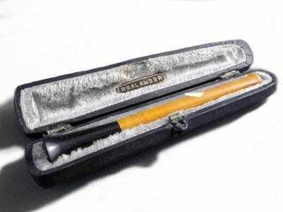 Art Deco Comoy's of London Amber and Jet Cigarette Holder in Original Case