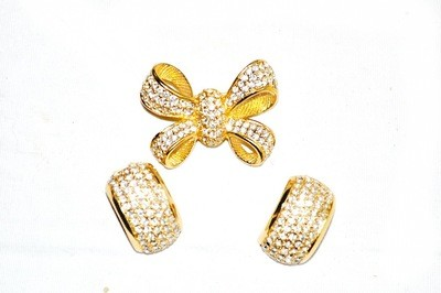Vintage Christian Dior Bow Swarovski Crystal Demi-Parure Brooch Earrings