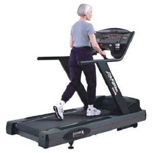 Life Fitness 9500HR Next Generation Treadmill - Preowned
