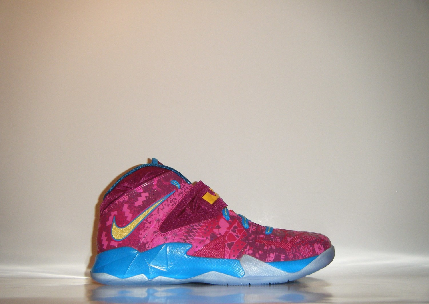 the best attitude 1e263 49f7a Nike Zoom Lebron Soldier VII 7 Promo Sample Sz. 9