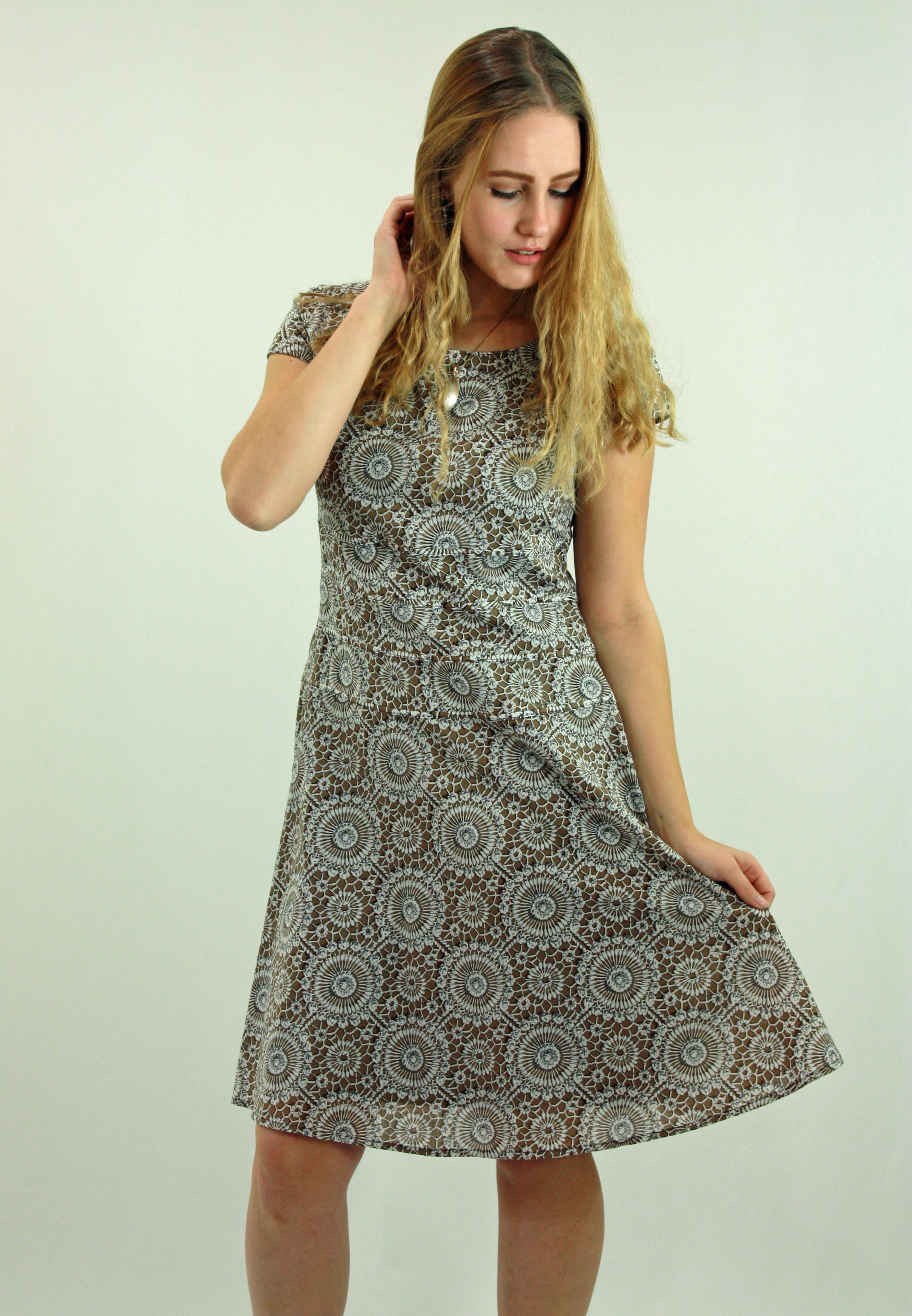 Pool printed camel dress