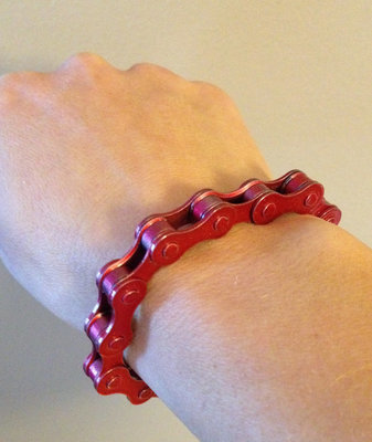 Metallic Red Bracelink