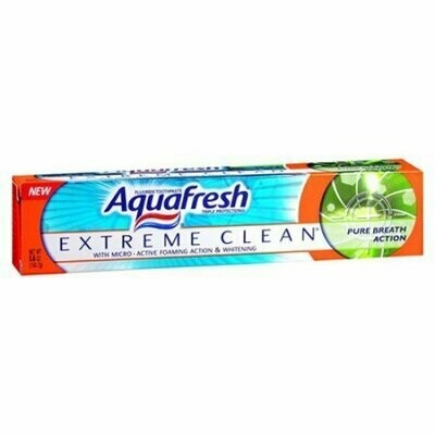Aquafresh Extreme Clean Pure Breath Action Fluoride Toothpaste, 5.6 Oz