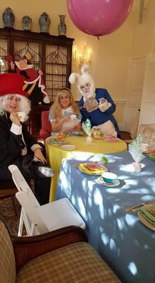 Alice in Wonderland (One Performer, 1 Hour)
