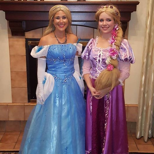 2 Hour 2 Princesses  of your choice