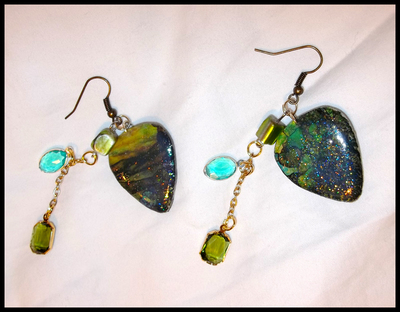 Tiffany Art Charms Dangle Guitar Pick Earrings