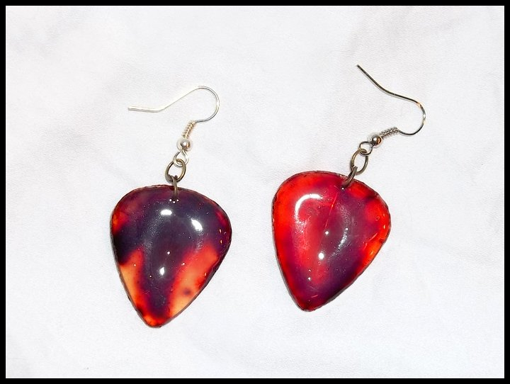 Cracked & Bloody Guitar Pick Earrings
