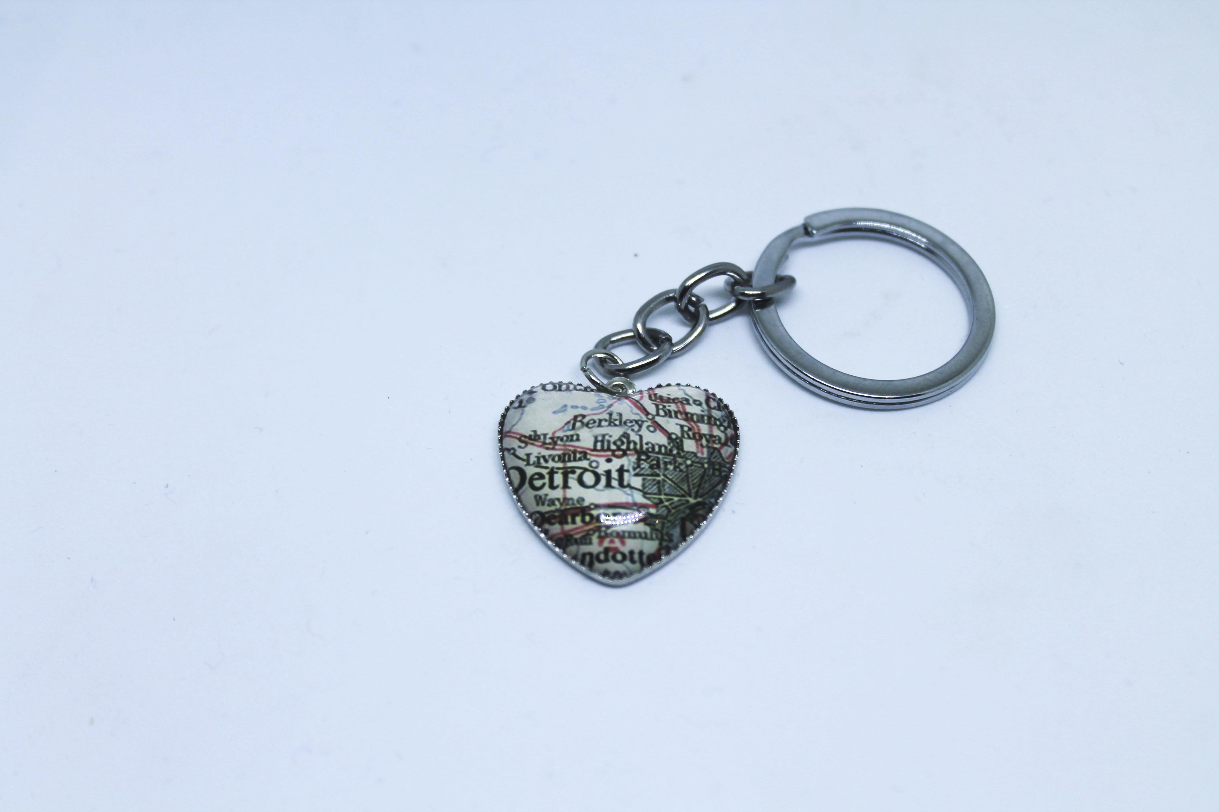 Detroit Heart Map keychain 00104