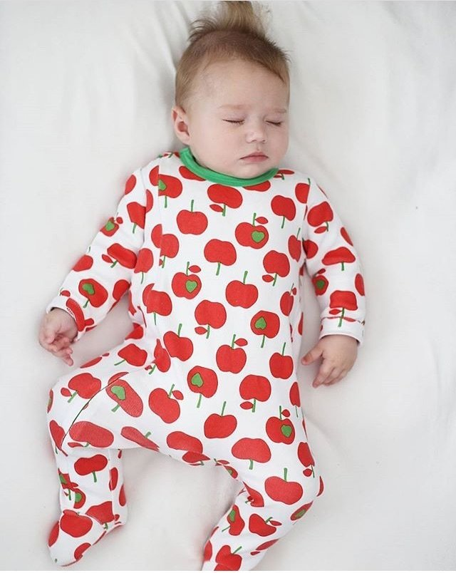 Lil' Cubs Red Apples Babygrow