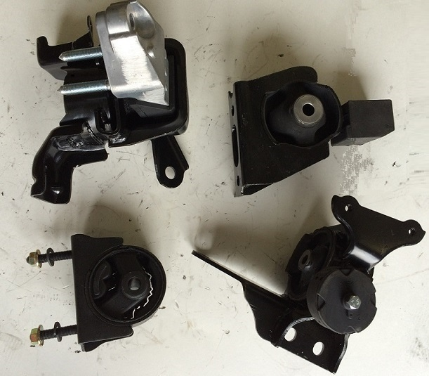 Toyota Matrix 2009 2010 2011 2012 2013 2.4L AWD Mounts