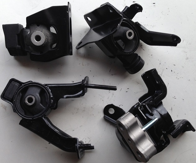 Toyota Matrix 2009 2010 2011 2012 2013 2.4L FWD Mounts