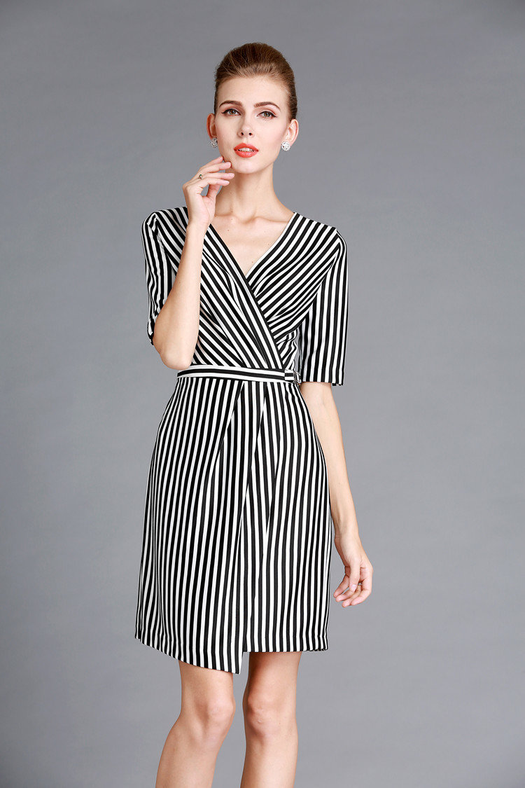 Black White Striped Dress Outfits Empire Waist Deep V Neckline