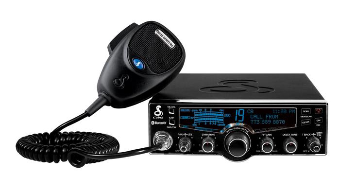 Radio CB professionnelle avec affichage LCD 4-couleur, Bluetooth, météo et Nightwatch de Cobra