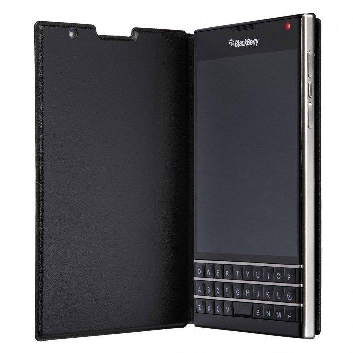 Étui à rabat en cuir Passport Noir ACC59524001 de BlackBerry®