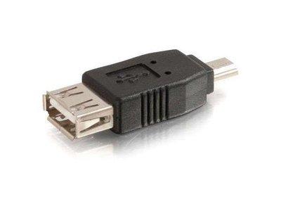 Adapteur mini USB à femmel USB2 de C2G