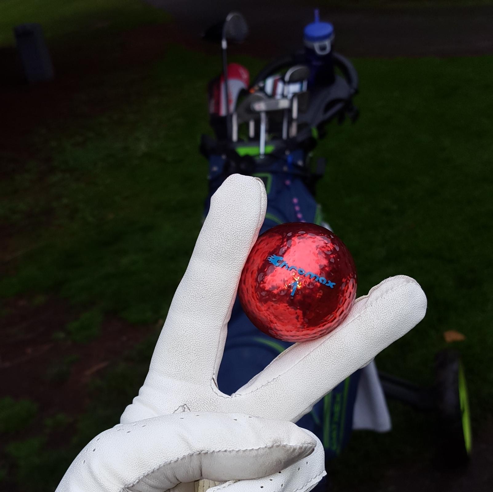 Chromax red golf balls M1x Special Edition