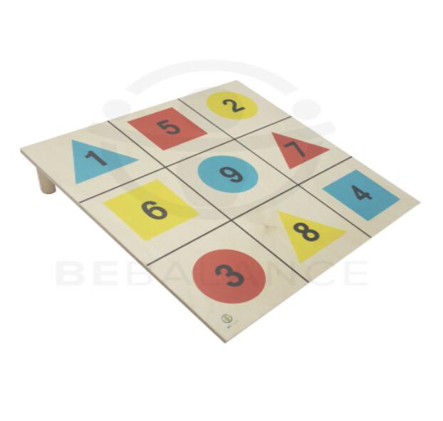 Доска для отбивания с цветными фигурами 30979