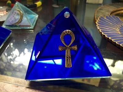 Glass Pyramid Box (Cobalt Blue Ankh, 4-inch)