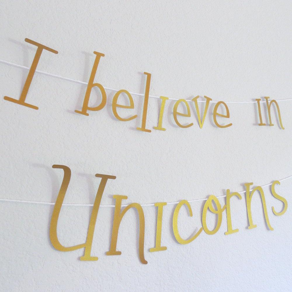 Unicorn Banner 22020
