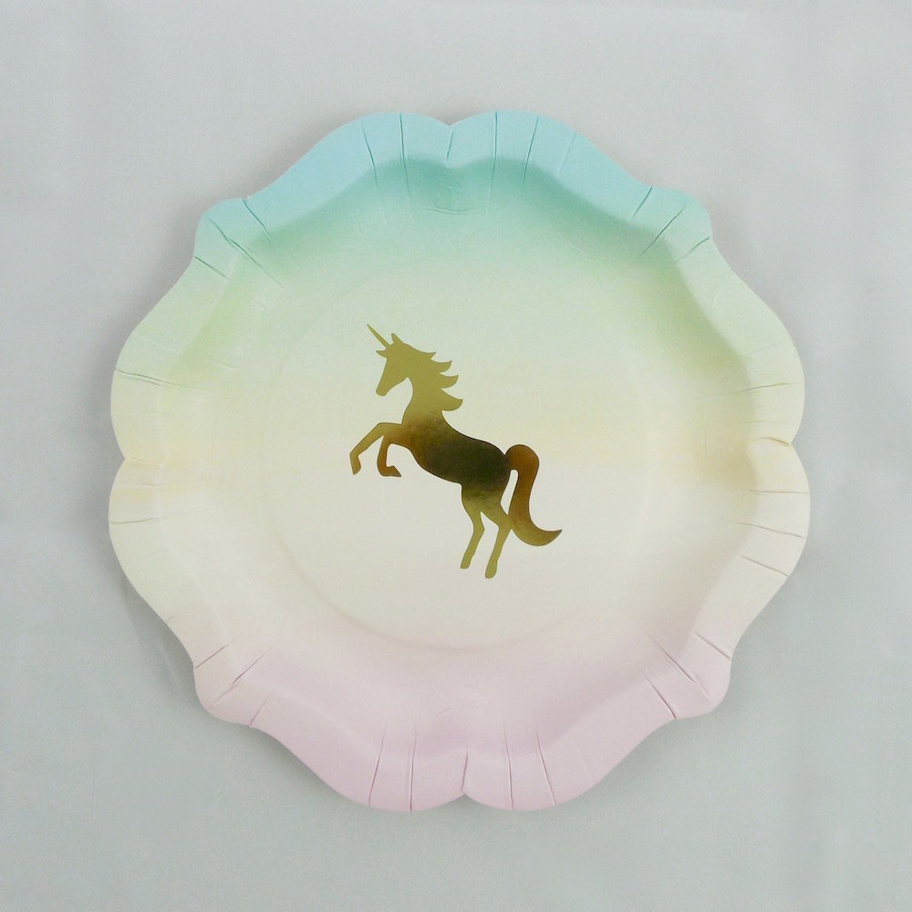 We Heart Unicorn Paper Plate 30200
