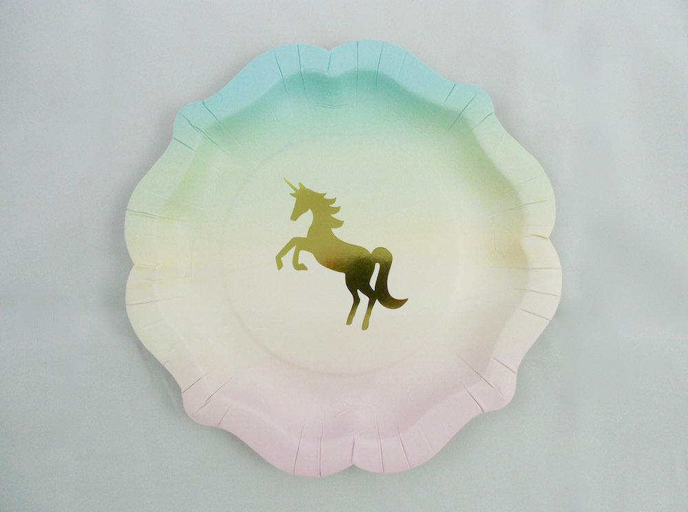 We Heart Unicorn Paper Plate