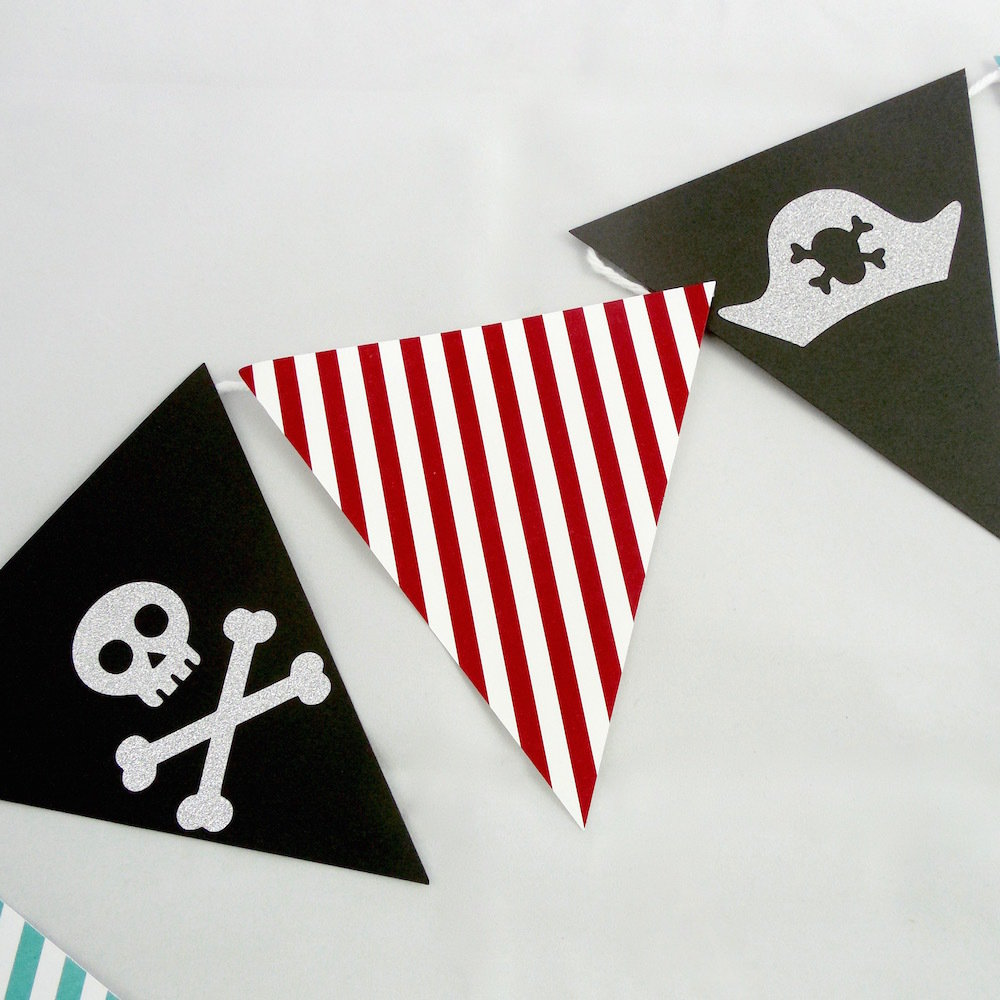 Pirate Paper Banner 22011