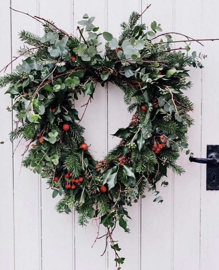 Christmas Heart Wreath.Mossley Hill St Matthews St James Flower School Christmas Heart Wreath Sat 14th Dec 2 00pm 3 30pm