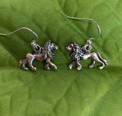 Full Lion Dangle Earrings!