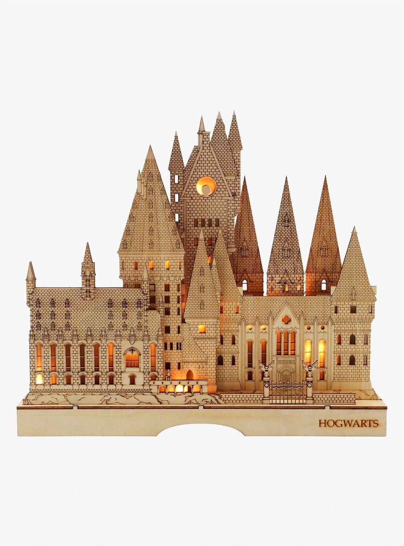 Figura LUZ Harry Potter HOGWARTS