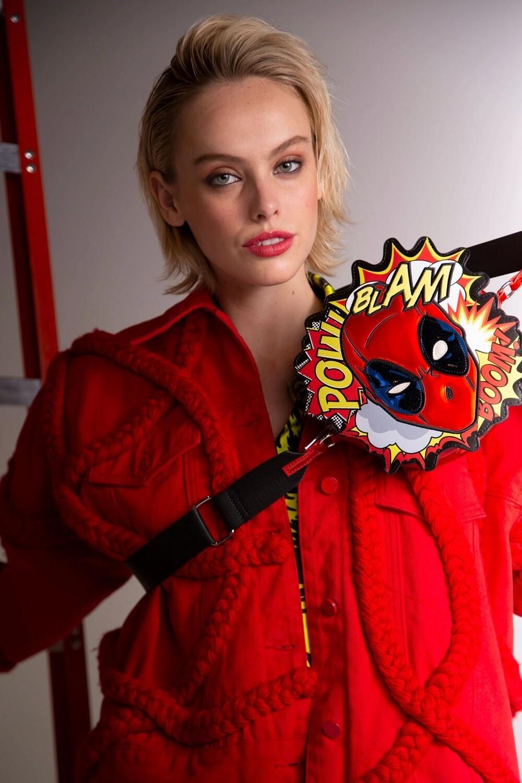 Bolsa Deadpool CR0