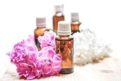 60 Minute Aromatherapy Massage