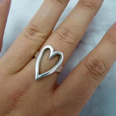 Orli Open Heart Expandable Ring