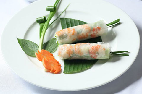 30. Shrimp Spring Rolls (2 Rolls)