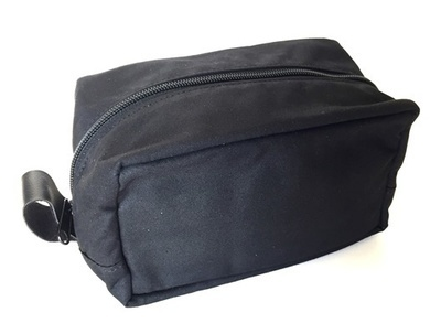 BLACK ZIPPER TRAVEL BAG #32090
